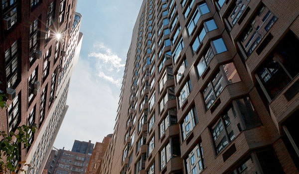 Affordable-80-20-housing-manhattan-rental-apartments-emerald-green1