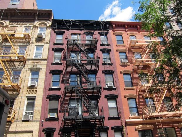 Broker-scam-nyc-rental-apartment-east-village