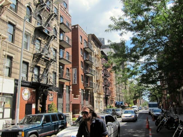 Broker-scam-nyc-rental-apartments-east-village-2