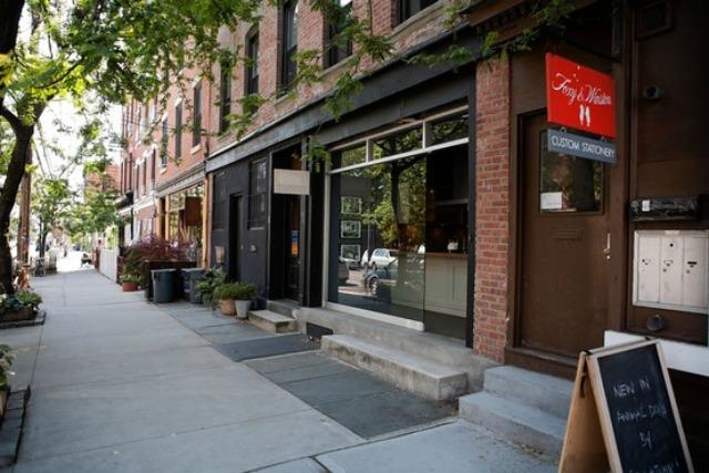 Brooklyn-rental-apartments-red-hook-van-brunt-street-5