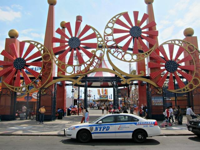 Coney-island-luna-park-hours-rides-6