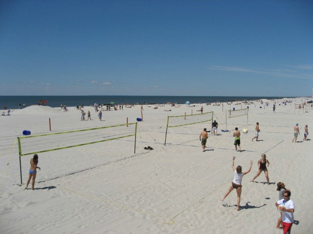 Nyc-public-beaches-long-beach-6