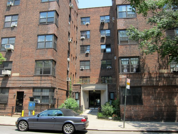 Nyc-rental-apartments-summer-2011-east-village4