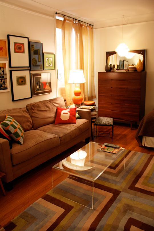 Small-apartments-nyc-astoria-studio7