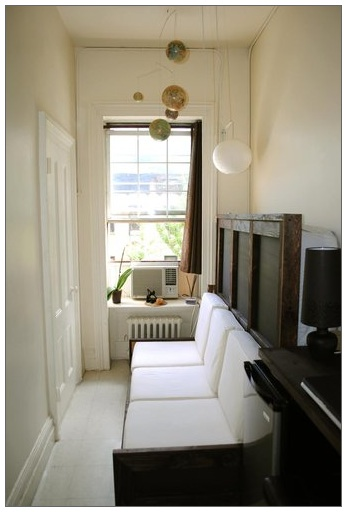 Small-apartments-nyc-hallway-home6