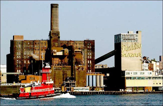 Williamsburg-rental-apartments-domino-sugar-refinery